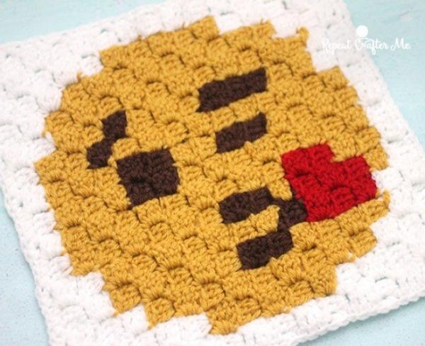 emoji crochet modello libero quadrato