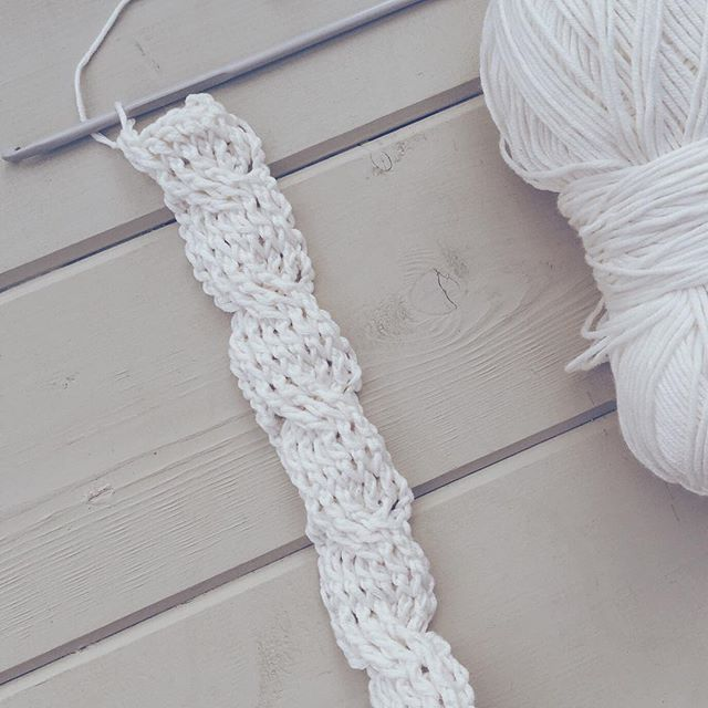 gooseberryfool crochet cables