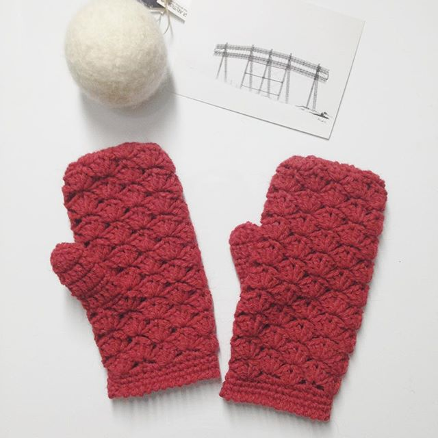 oksanamitsyak crochet gloves