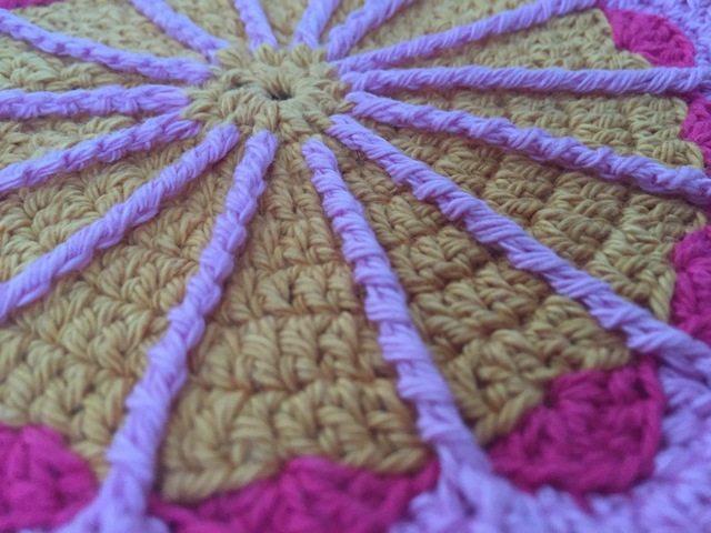 pauline crochet mandala