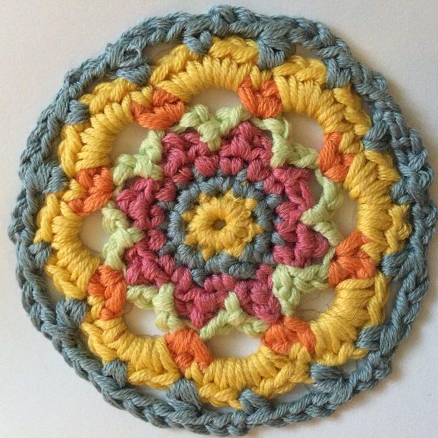 sarah watson crochet mini mandala