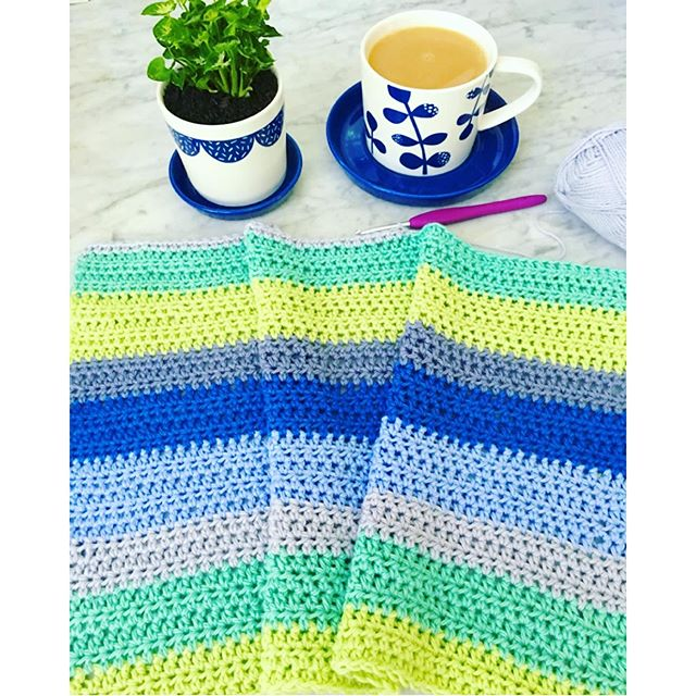 vanessakind crochet striped blanket