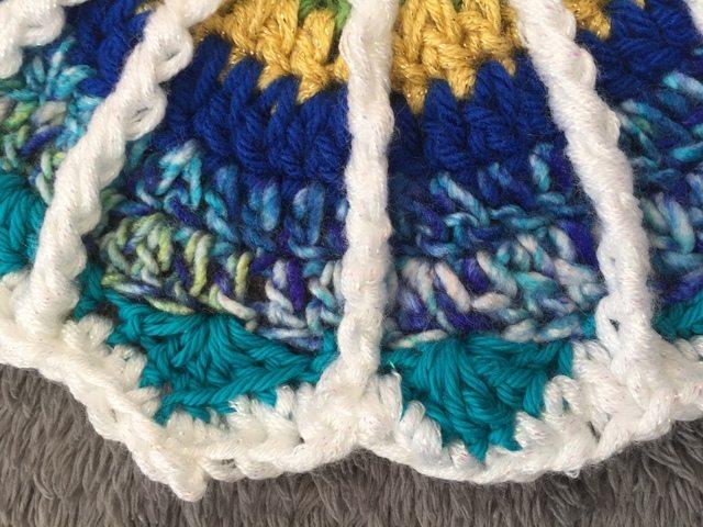 Arienne's Crochet Mandala spoke detail