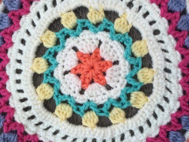 Holly's Crochet Mandala center detail