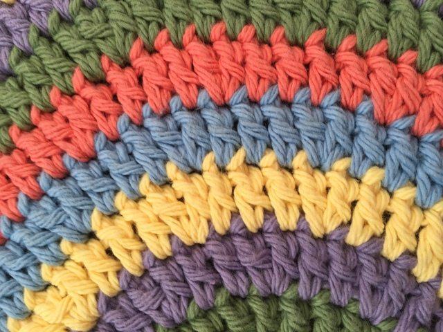 cari crochet mandala
