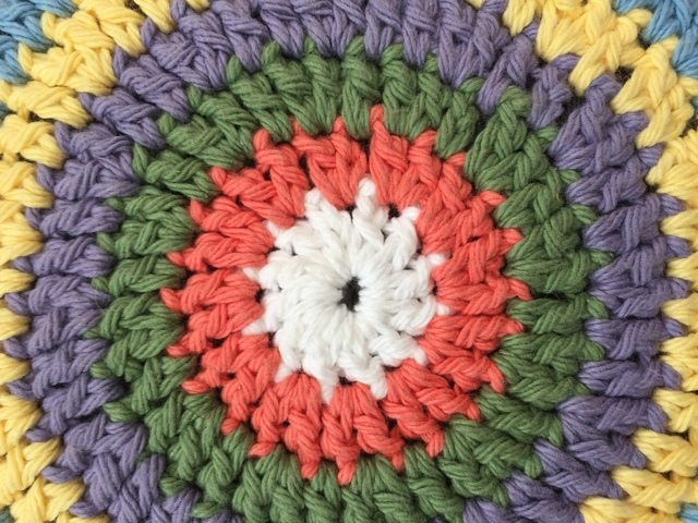cari crochet mandalas for marinke center details