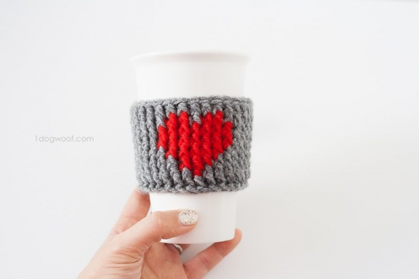 crochet heart cup cozy free pattern