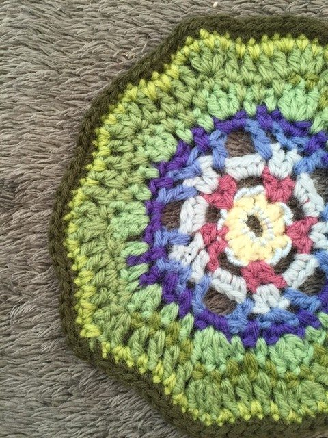 danita crochet mandala