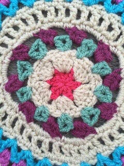 emily crochet mandala center