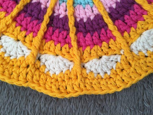 nicolas crochet mandala for wink