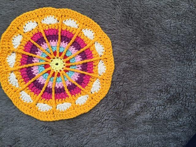 nicolas crochet mandalas for marinke