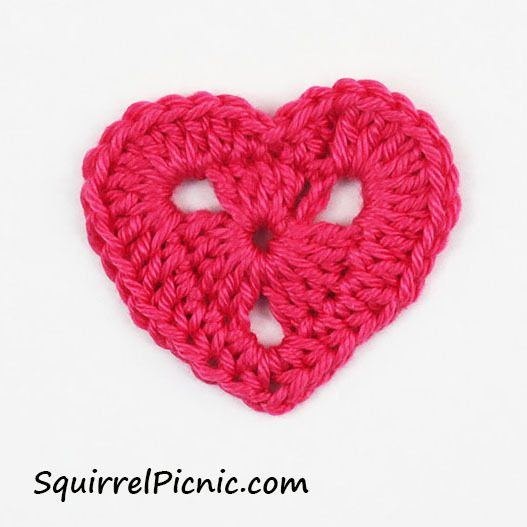 small crochet heart pattern