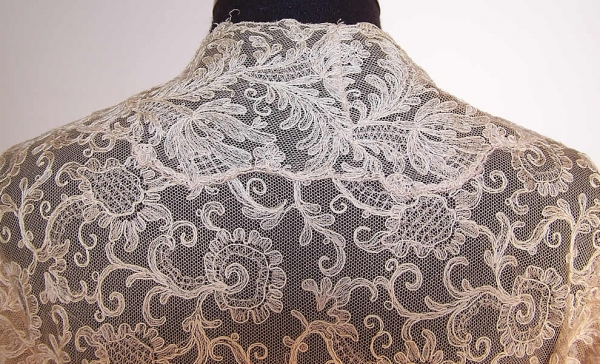 tambour persian lace