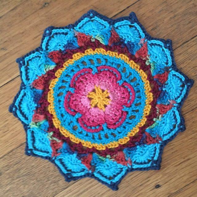 5 Mandalas in Honor of Marinke 4