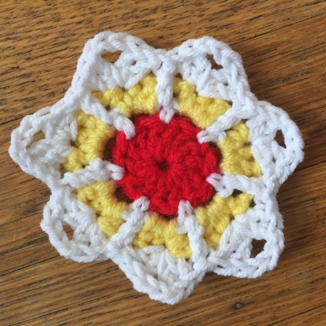 Maryann's Mini Crochet Mandalas for Marinke 3