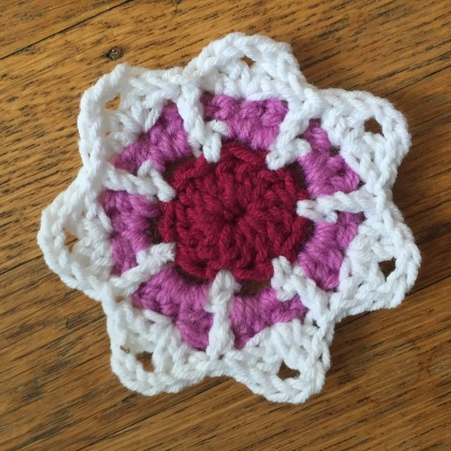 Maryann's Mini Crochet Mandalas for Marinke 4