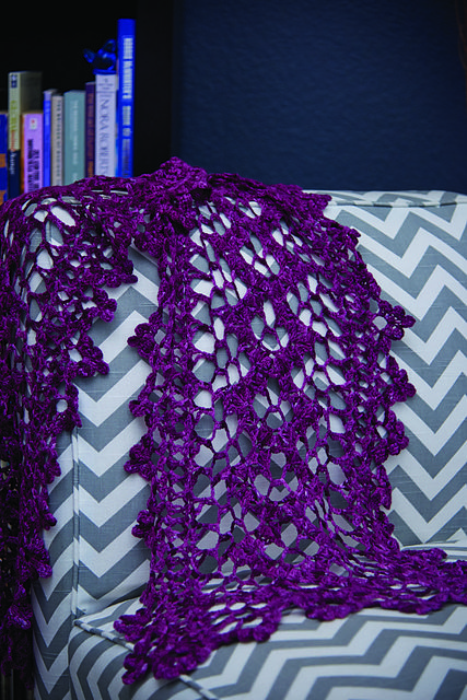 continuous crochet scarf