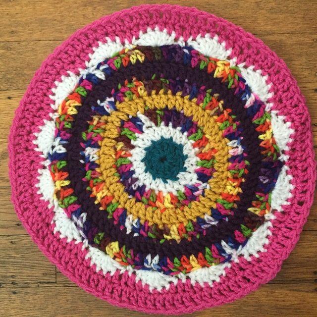 offthehookbysusan crochet mandala for mwink