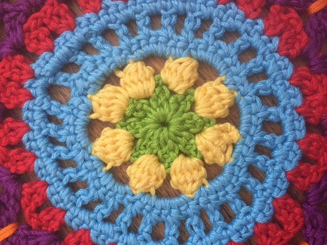 anne cotton crochet mandalas flower detail
