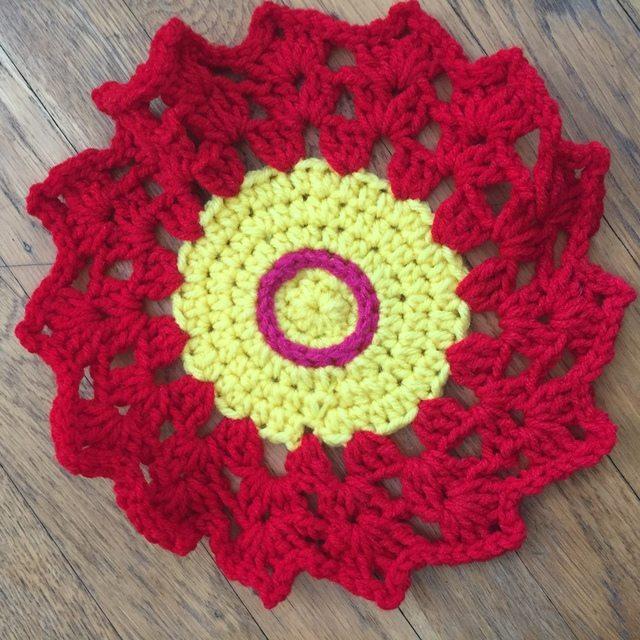 carmen crochet mandala flower