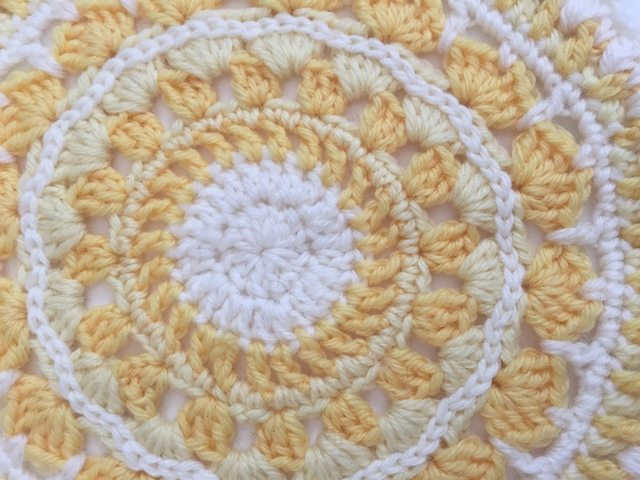 charlie's crochet mandalasformarinke 1