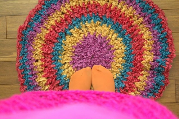 Free Crochet Pattern Circle Rug : 60 Inspiring New Free Crochet Patterns