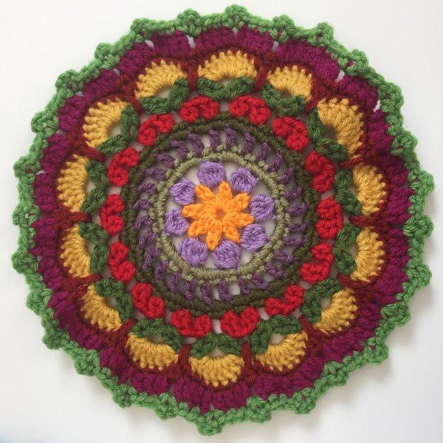 cris crawford crochet mandalasformarinke 8