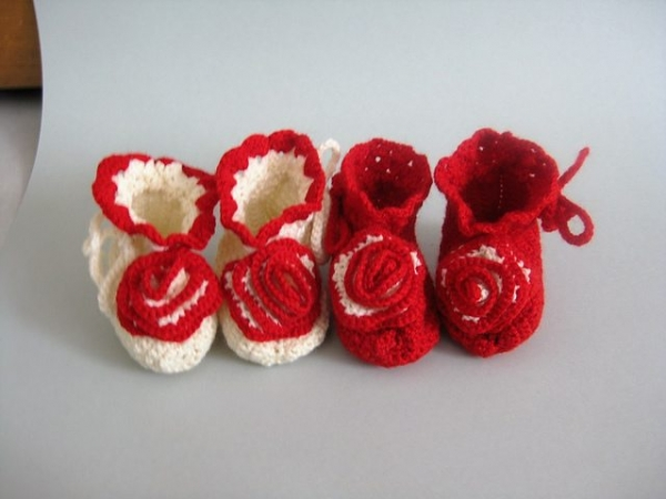 crochet flower booties
