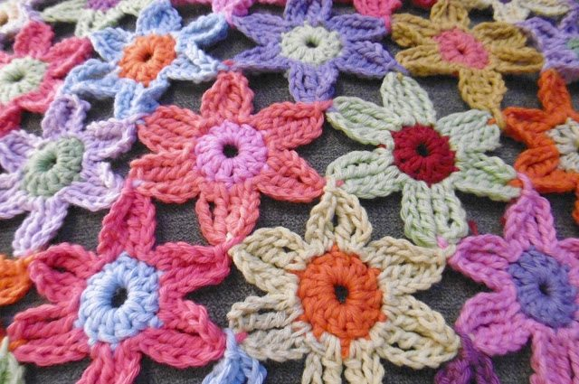 Make Crochet Flower Pattern : 20 Fresh New Crochet Flower Patterns