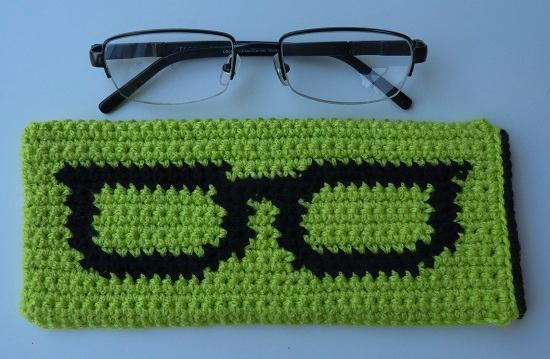 crochet glasses case
