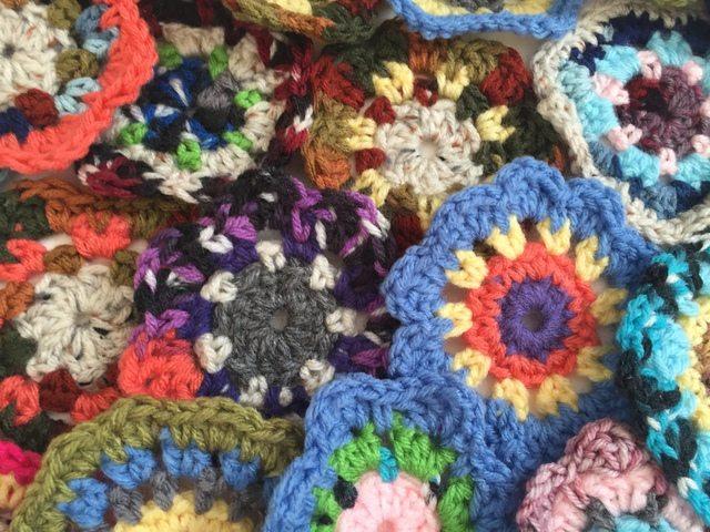 debby davies mini crochet mandalas 2