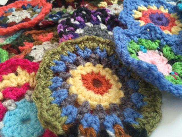 debby davies mini crochet mandalas 3