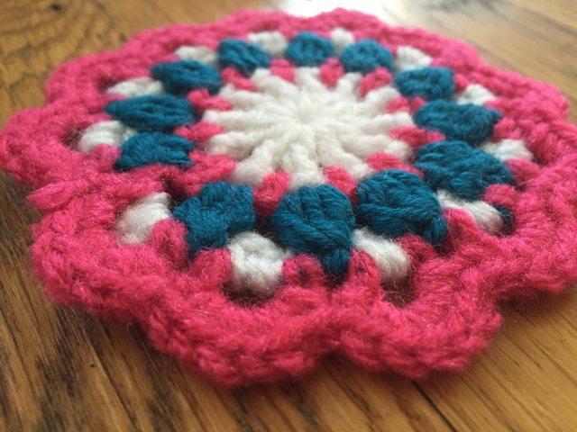 hannah crochet flat mandala