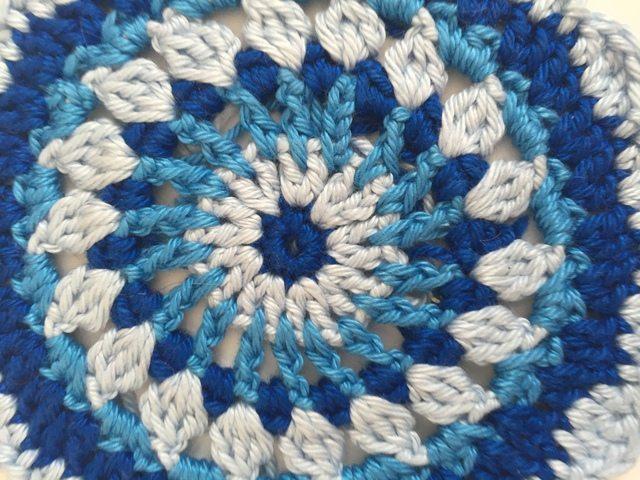 nessie crochet mandalasformarinke 8