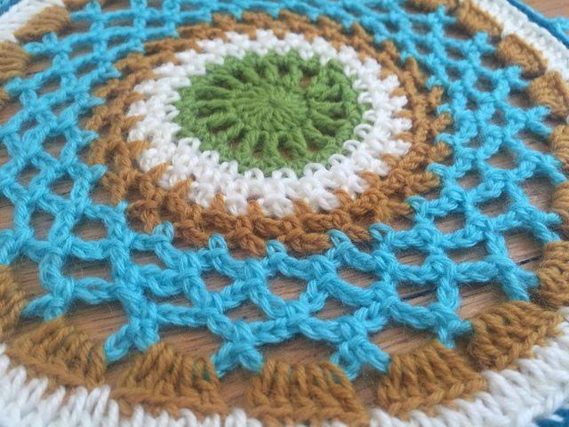 selina crochet flat mandala