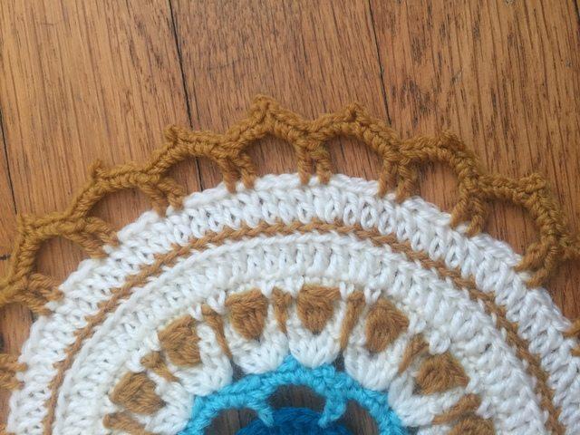 selina crochet mandala edge