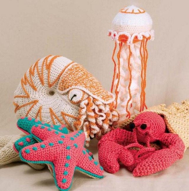 Free Crochet Patterns For Sea Animals : Crocheted Sea Creatures (book review)