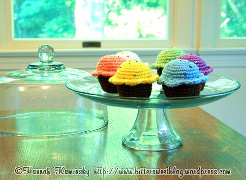 Crochet Pattern Free Cupcake : 15+ Free Food Crochet Patterns