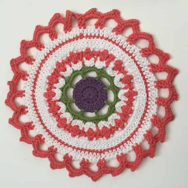leanne crochet mandalas 1