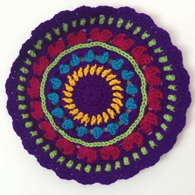leanne crochet mandalas 2