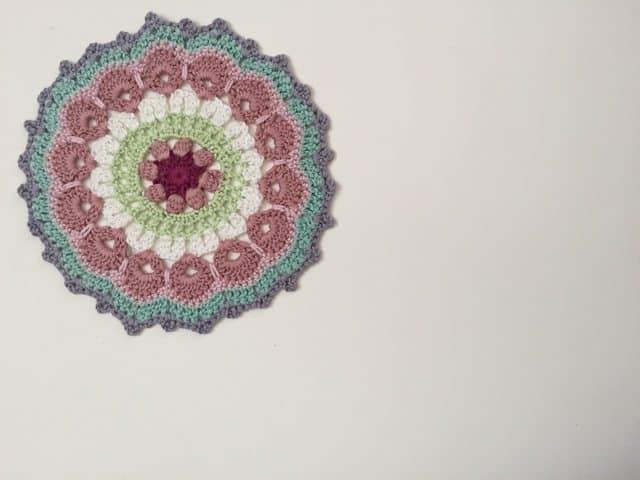 lilian crochet mandala 3