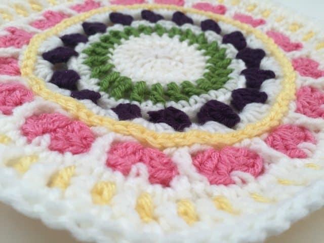 mary crochet mandala 6