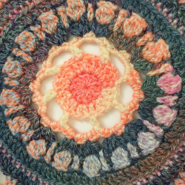 nat crochet mandala 4