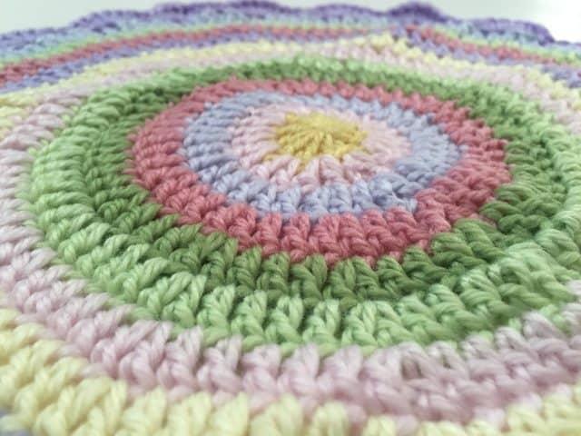 queen_babs crochet mandala 3