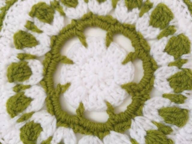 rachael crochet mandala 1
