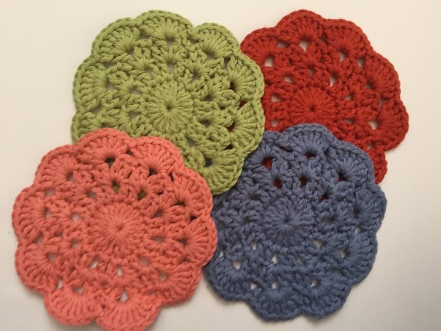richele crochet mini mandalas