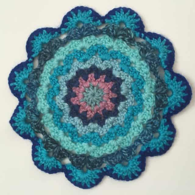 sandra crochet mandala 2