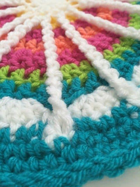 temesia crochet mandala 3