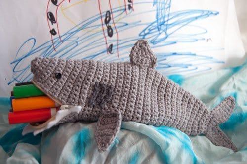 crochet shark pouch free pattern