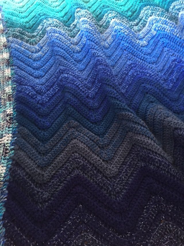 Blue Ombre Chevron Crochet Blanket 11